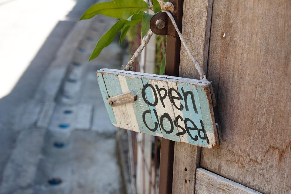 door-sign-1607503_960_720